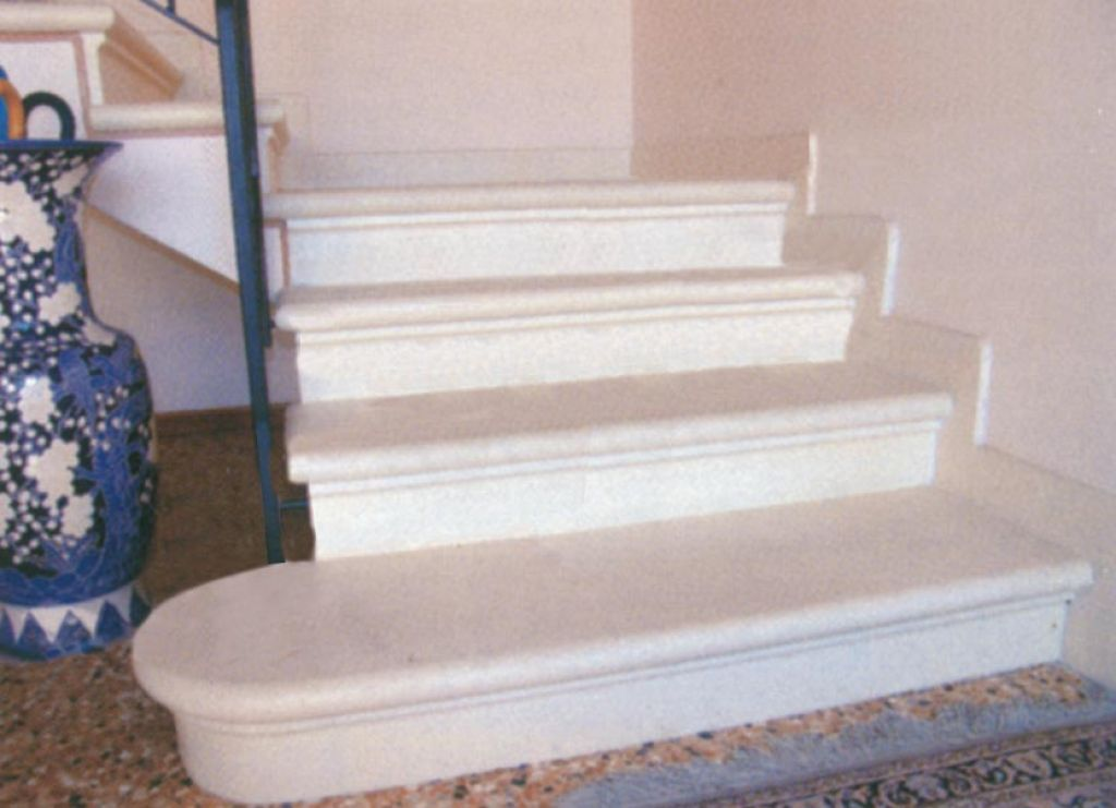 Scala in pietra di trani